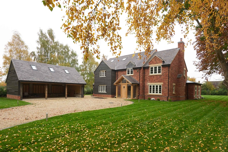 Clay roof tile specification – advice & trends