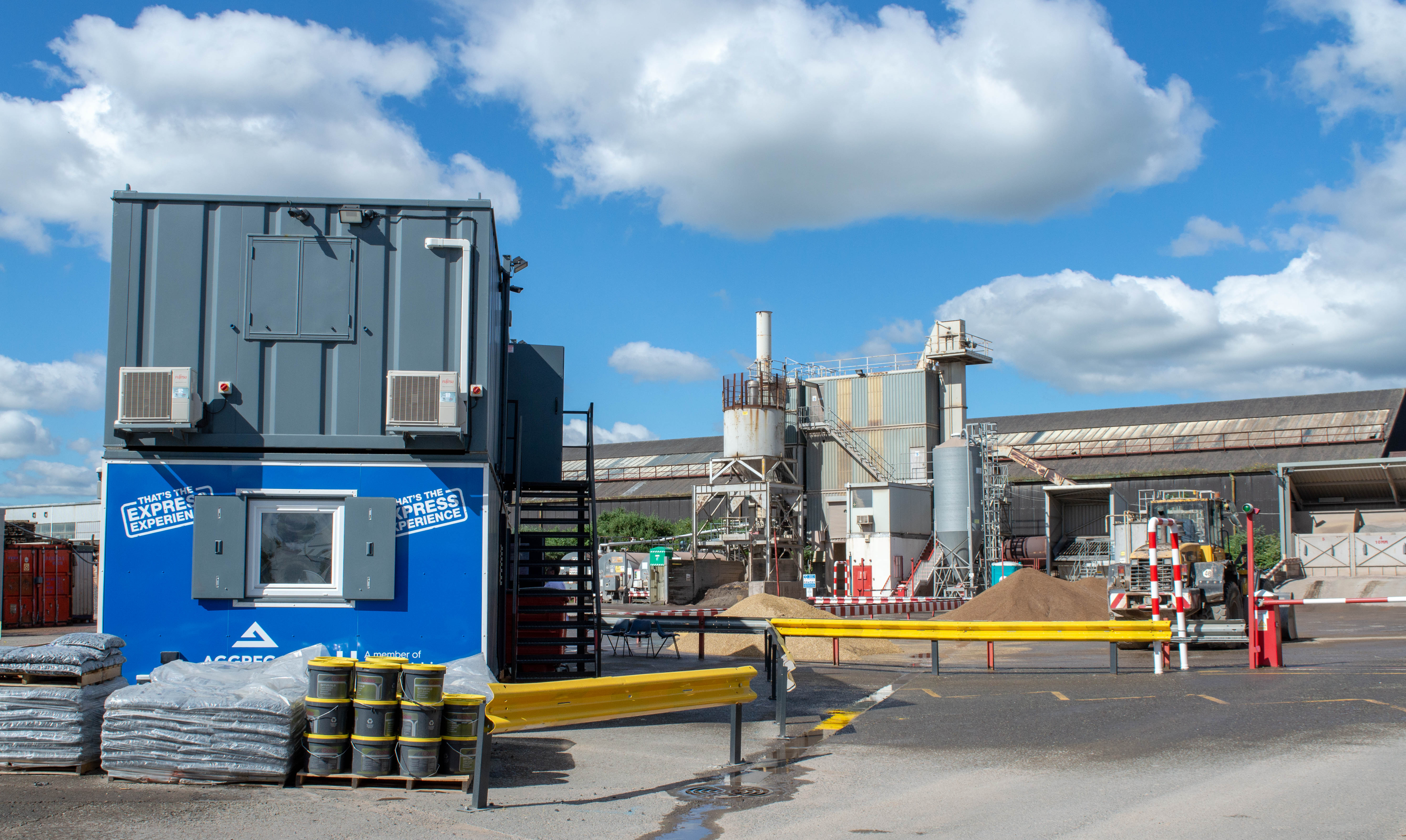 Aggregate Industries opens new Doncaster sampling lab