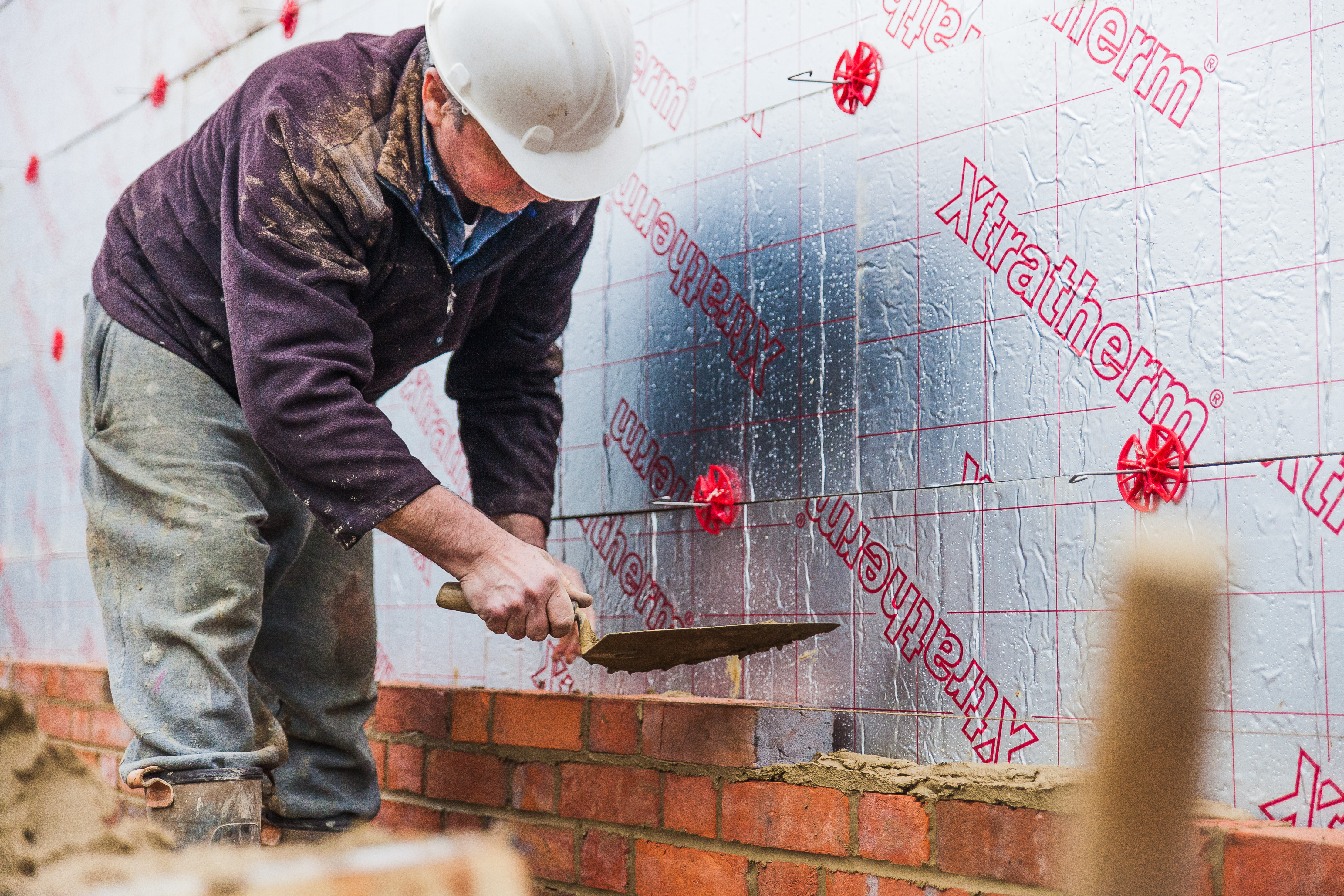 English new home additions surpass 200,000