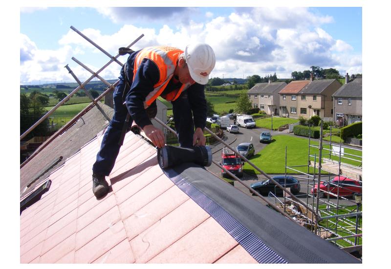 Roof fixing