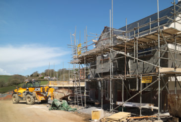 Strong start for construction on the year as housebuilding flourishes