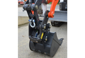 New Quick Coupler For Bobcat E25 To E55 Excavators 183 Phpd