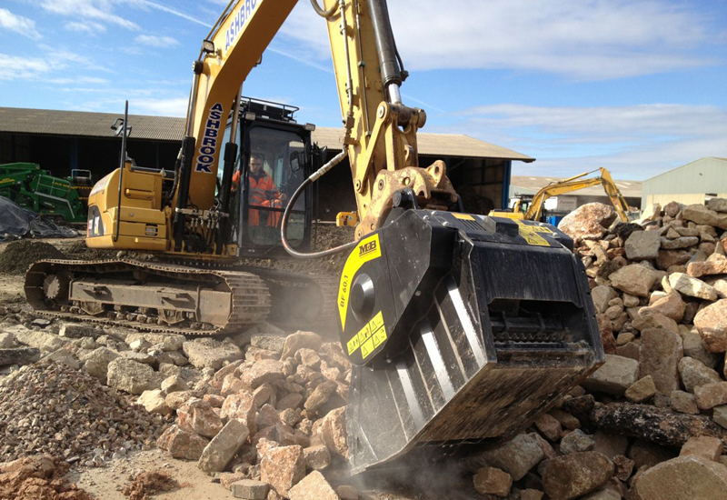 Recycle aggregates on site