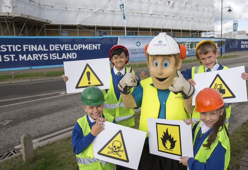 Bill Ding Educates Pupils On Construction Site Safety