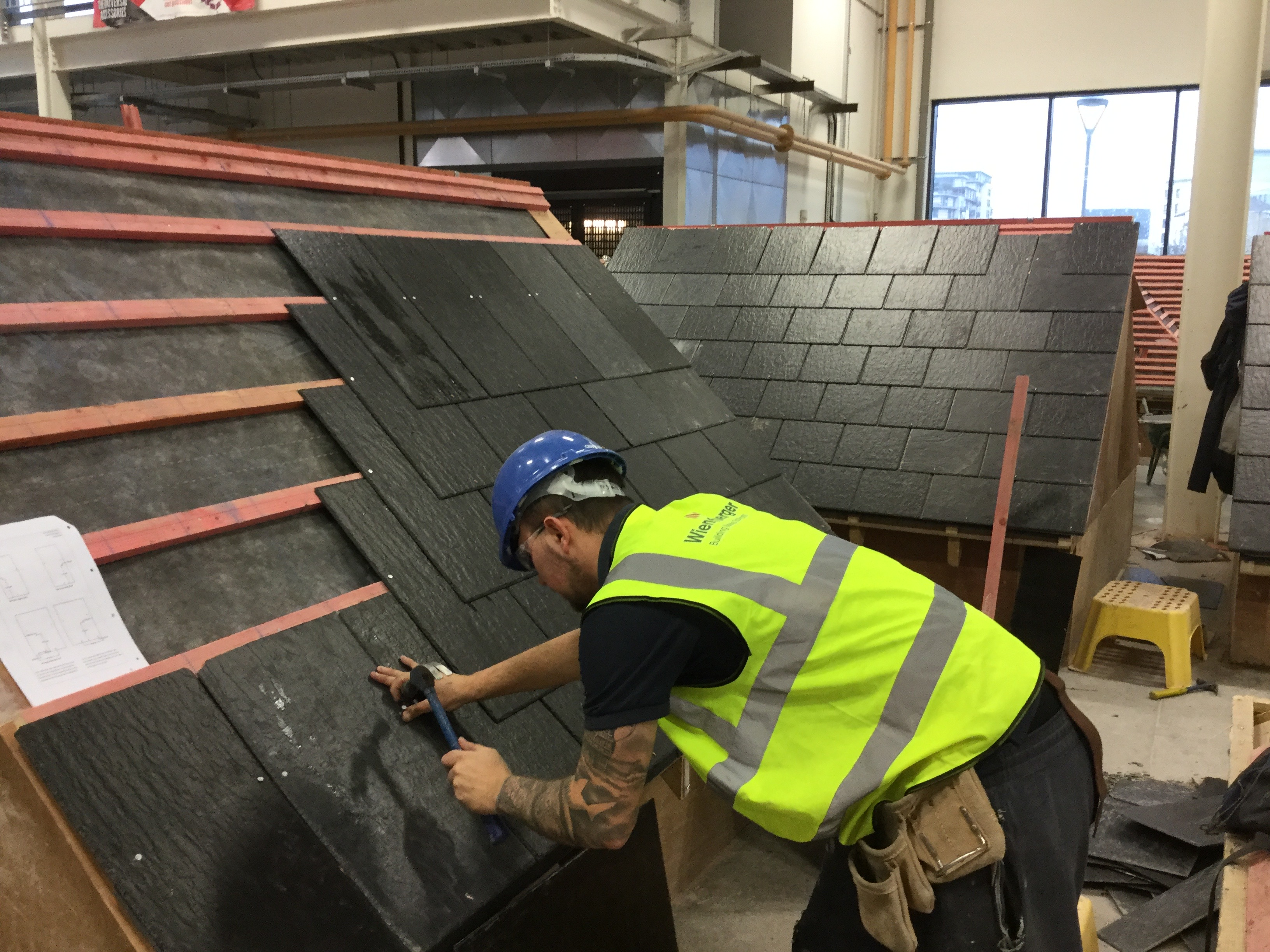 Cembrit donates roofing materials to apprenticeship scheme