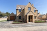 Ariston heats Cotswolds housing development