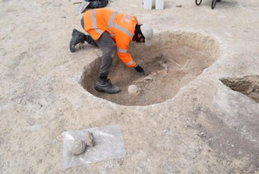 Bronze and Iron Age skeletons uncovered at Cambridgeshire development