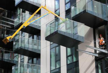 Sapphire Balconies | Cutting carbon